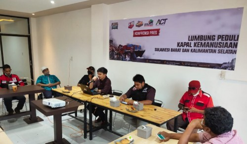 ACT Aceh Kirim 1 Ton Ikan Keumamah dan Seribu Ton Beras ke Sulbar dan Kalsel