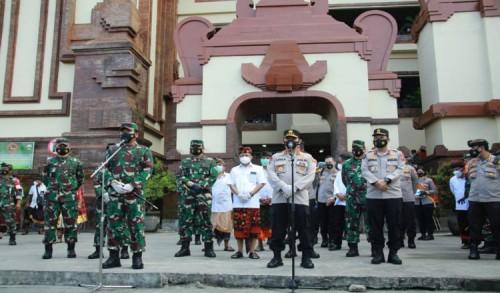 Panglima TNI dan Kapolri Kelilingi Dua Pasar di Bali, Pantau Penegakan Protokol Covid-19