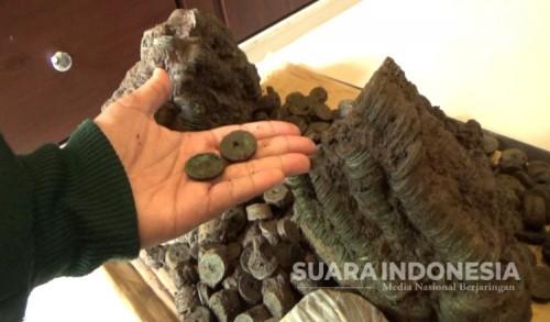Peneliti Ungkap Temuan Jenis Koin Kuno Baru yang Ditemukan di Banyuwangi
