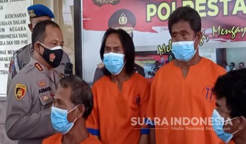 Rugikan Perusahaan Rp 2 Miliar, Empat Karyawan Tambak Udang di Banyuwangi Diringkus