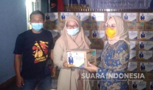 Anggota DPR RI Sri Wahyuni Bagikan Bantuan untuk Bumil dan Balita di Ponorogo