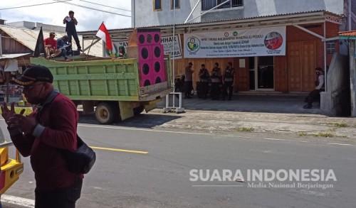 Puluhan Mahasiswa Demo Tuntut PT.NHM Berlaku Adil