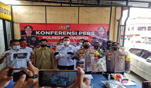 Dalam 1 X 24 Jam, Pelaku Pembunuhan Paruh Baya di Mojokerto Berhasil Diamakan Polisi