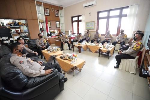 Kapolda Jatim Berikan Pengarahan TWT dan Penanggulangan Covid-19 Di Polres Magetan