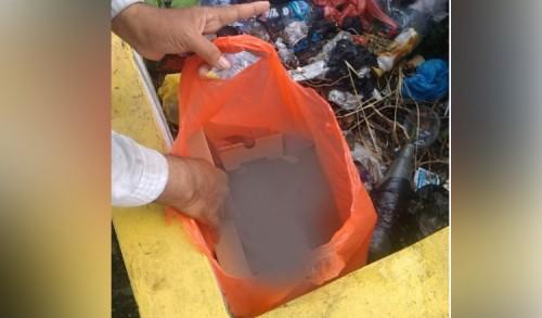 Bayi Diduga Hasil Hubungan Gelap Dibuang di Tempat Sampah