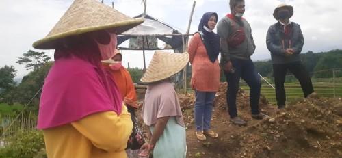 Dikeluhkan Warga, Komisi III DPRD Kabupaten Mojokerto Sidak Galian C di Desa Jatidukuh