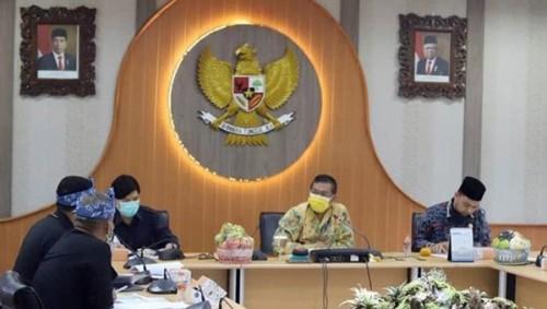 Raperda KTR Segera Rampung, Ketua Pansus 9 DPRD Kota Bandung  Berharap Kota Bandung Bebas Asap Rokok