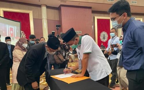 KPU Resmi Tetapkan Pasangan Dadang Supriatna – Sahrul  Jadi Bupati Dan Wakil Bupati Bandung Terpilih