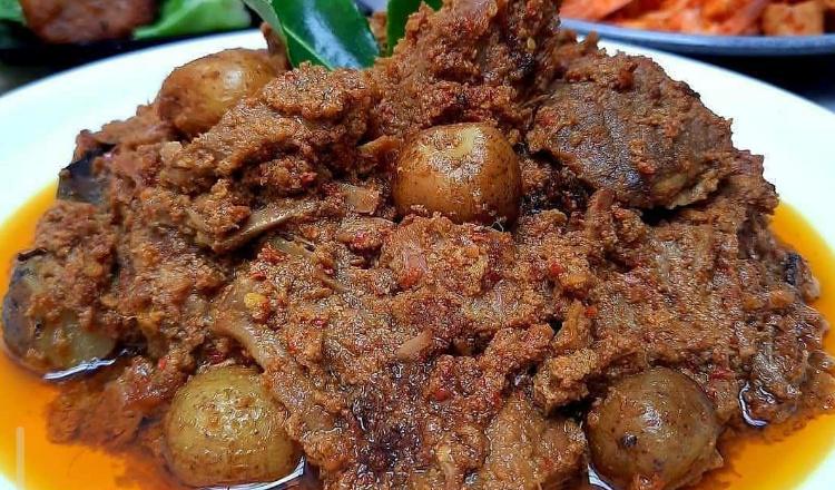 5 Makanan Khas Sumatera Barat yang Harus Dicoba, Lamak Bana!