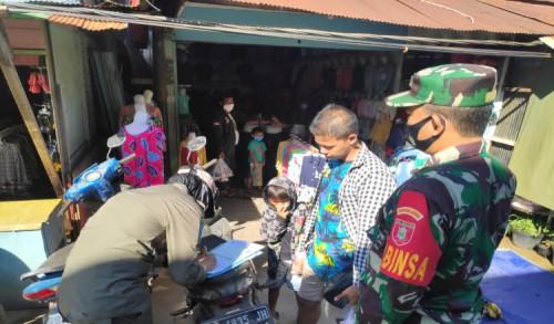 Laksanakan Operasi Yustisi, Koramil 0909-01/Sangatta Terapkan Disiplin Masker dan Protkes