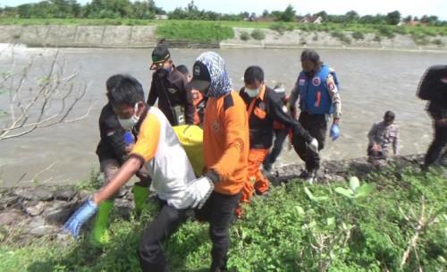 Mayat Ditemukan Tersangkut di Dam Sungai Brantas Jombang