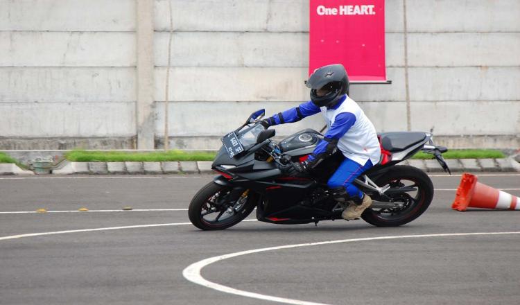 Pengen Belajar Safety Riding , Yuk Datang ke MPM Safety Riding Center
