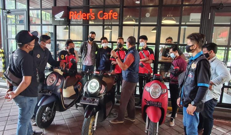 Ingin Nongkrong Kekinian, Yuk Datang ke MPM Riders Cafe Surabaya Saja