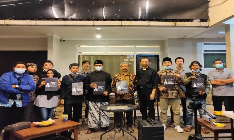 Pasca Serangan Bom Bunuh Diri Makassar, Forum Pemuda Kerukunan Umat Beragama Gelar Doa Bersama