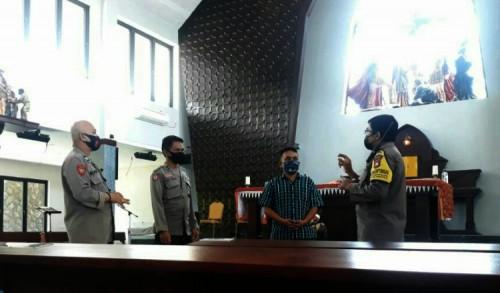 Pasca Bom Bunuh Diri di Makassar, Polres Jember Tingkatkan Pengamanan Gereja