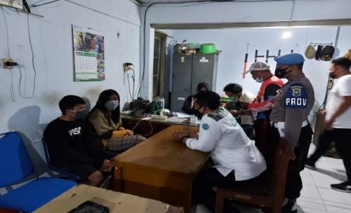 Belasan Pasangan Bukan Suami Istri Terjaring Operasi Pekat di Jombang