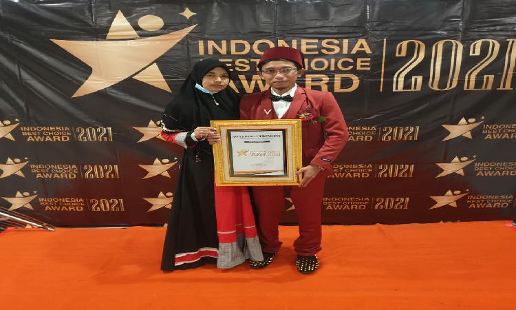 Pimpinan YLBH Abu Nawas Bondowoso Raih Penghargaan dari IAC