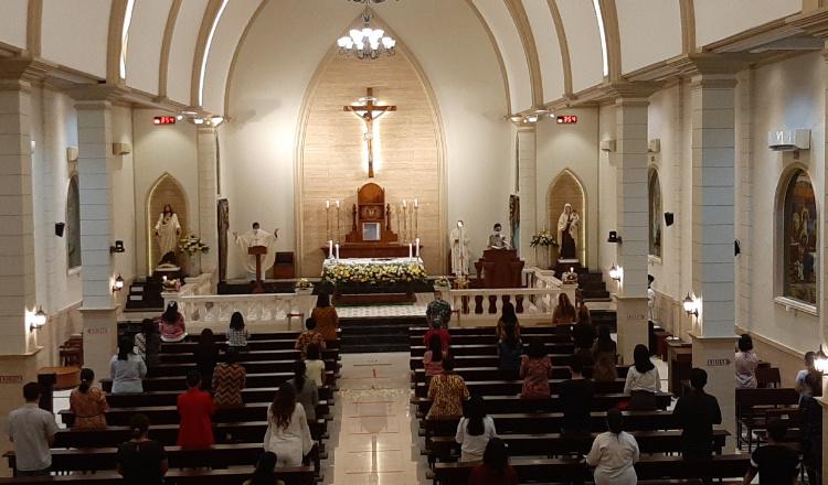 Hindari Gangguan Kamtibmas di Malam Paskah, Gereja Katolik Santo Yusup Jember Berlakukan e-Ticket
