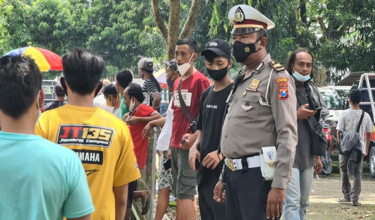 Cegah Kerumunan, Polres Blitar Kota Bubarkan Kontes Kambing Etawa Tidak Berizin di Srengat