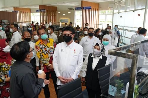 Berkunjung Ke Magetan Kemanpan-RB Launching Mall Pelayanan Publik