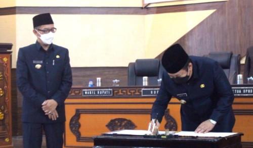 Tok! Perda APBD Kabupaten Jember 2021 Resmi Disahkan