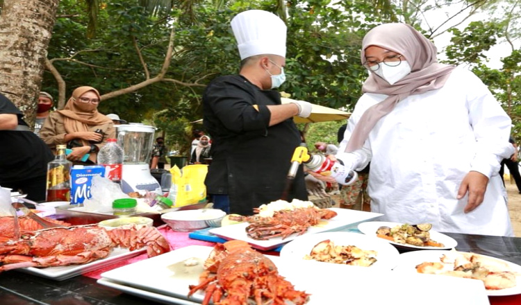 Festival Lobster di Banyuwangi Angkat Kekayaan Hasil Laut