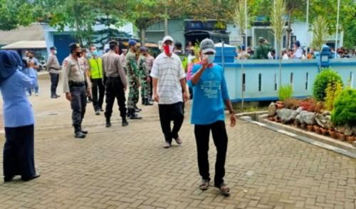 Warga Prigi Tagih Kepastian Hukum, Nelayan Kompresor Merajalela di Trenggalek