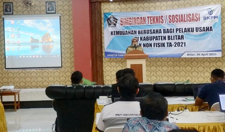 Bentuk Layanan Publik Berbasis E-Government, Bupati Rini Syarifah Launching Inovasi Blitar Mudah dan Si Jabric