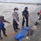 Mayat Mengapung di Sungai Brantas Ditemukan di Bendungan Myat  Plandaan Jombang