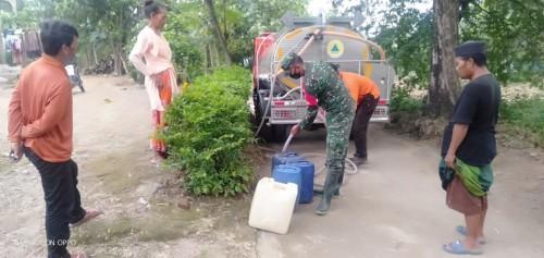 Hujan Terus Menerus Warga Dusun Galingan Kekurangan Air Bersih