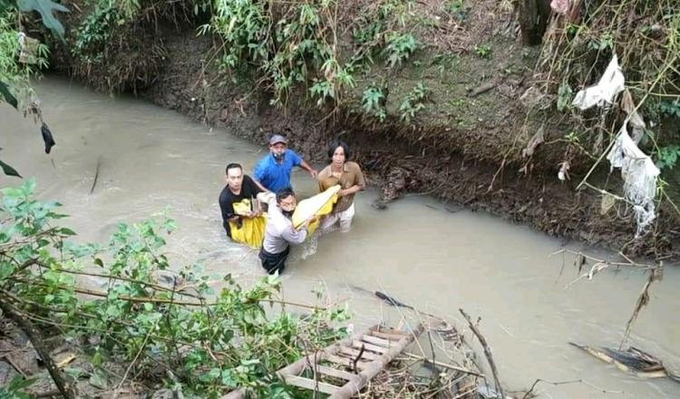 Penemuan Mayat di Sungai Gemparkan Warga Salamrejo Trenggalek