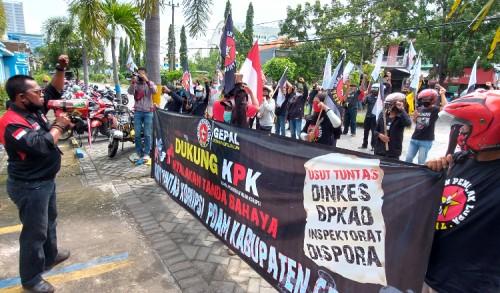 Dukung KPK Usut Korupsi PDAM Giri Tirta Gresik