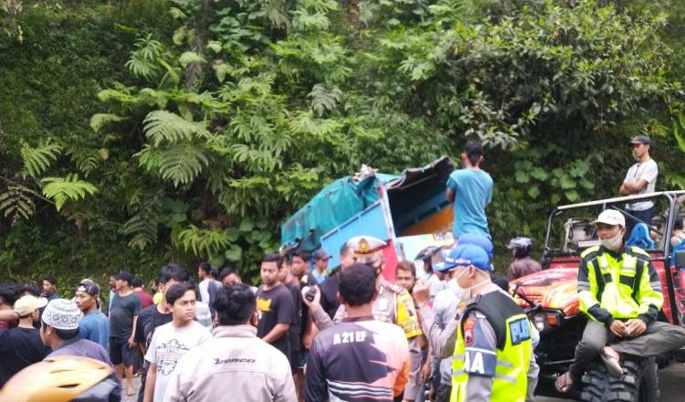 Kecelakaan Massal Akibat Rem Blong Kontainer di Jalan Purworejo-Magelang