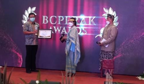PT Smelting Raih Penghargaan dari Bea Cukai KPPBC TMP Tanjung Perak