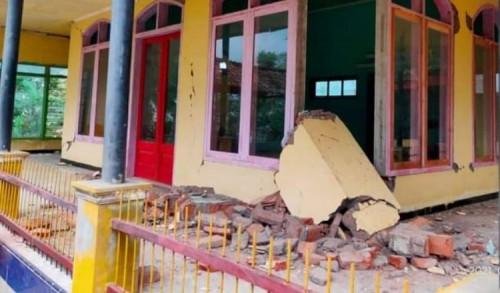 Dampak Gempa Malang, Satu Masjid di Jember Rusak Parah