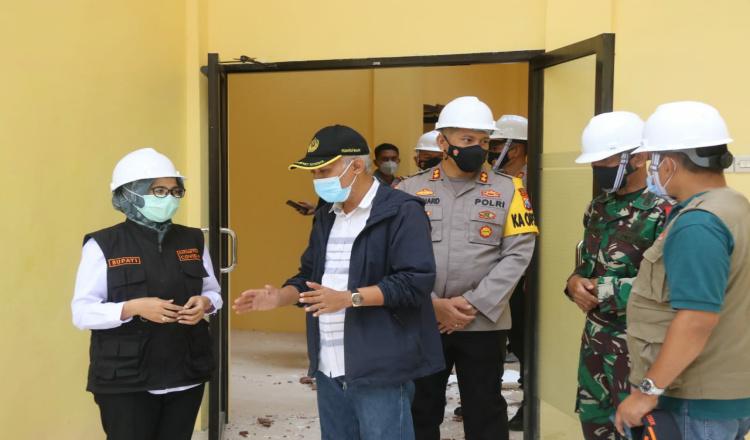 Berkunjung ke Posko Darurat, Bupati Blitar Sampaikan Kerusakan Bangunan Segera Tertangani