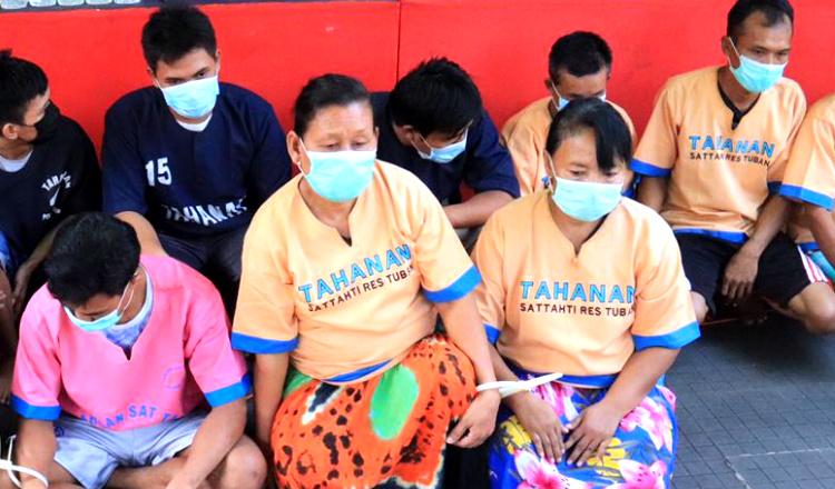 Bisnis Esek-esek Berkedok Warkop, Mucikari Wanita di Tuban Diringkus Polisi