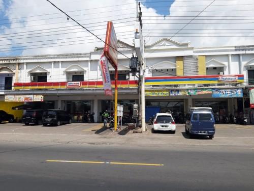 Minimarket Berjaringan Menjamur, Komisi B: Toko Kecil dan Pasar Tradisional Terancam Mati