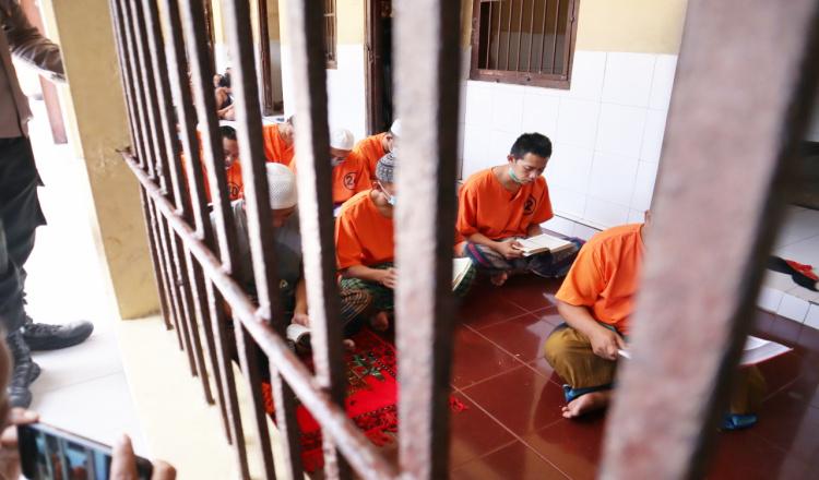 Dibalik Jeruji Besi, Tahanan Polres Blitar Kota Ngaji Bareng