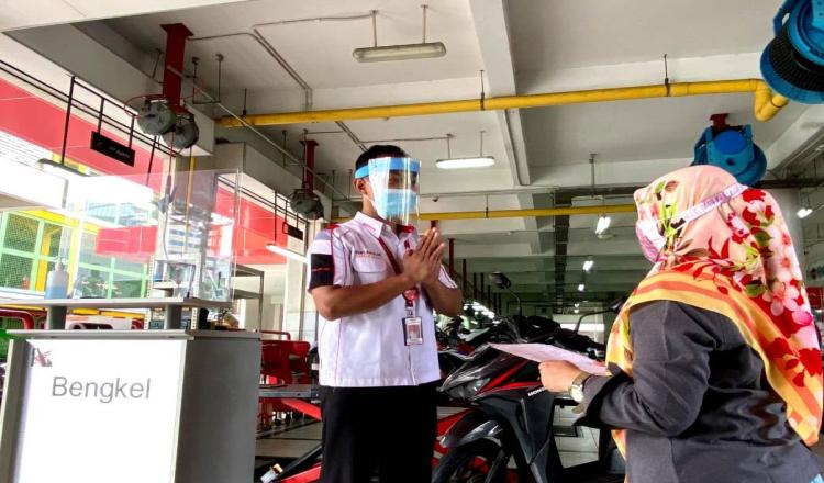 Peringati Hari Kartini, AHASS Jatim dan NTT Beri Servis Motor Gratis Khusus Wanita