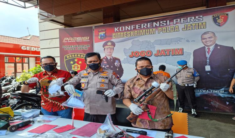 Buat Senpi, Guru Asal Malang Diamankan Ditreskrimum Polda Jatim