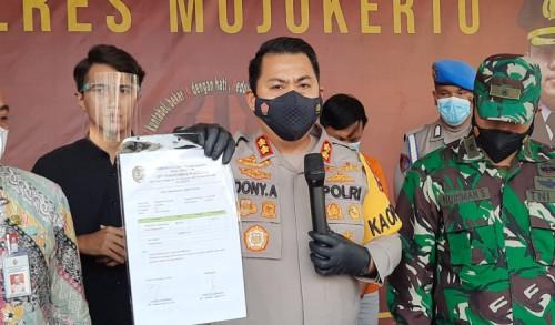 Diduga Palsukan Surat Bebas Covid-19, Oknum Pegawai Puskemas di Mojokerto Diamankan Polisi