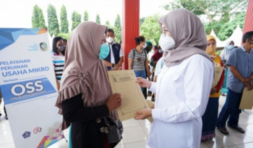 Bupati Banyuwangi Geber Layanan Izin OSS ke Desa-desa, Dorong UMKM Naik Kelas