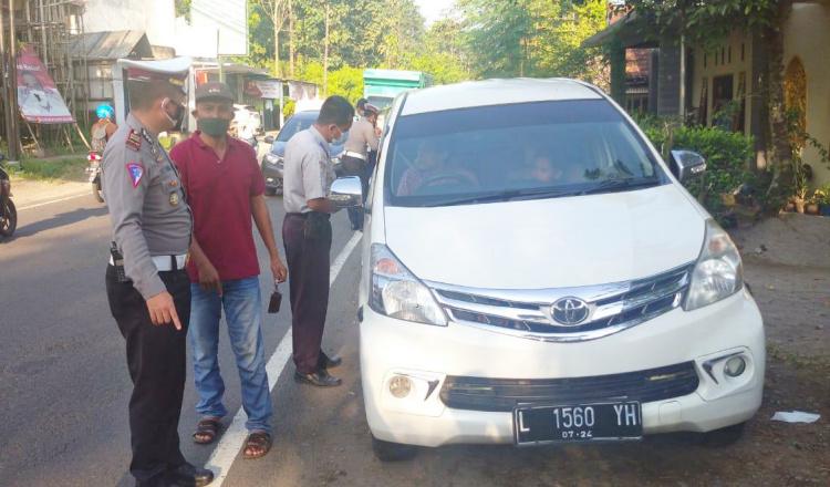 Jelang Idul Fitri, Polres Blitar Siagakan Posko Penyekatan di Perbatasan Blitar-Malang