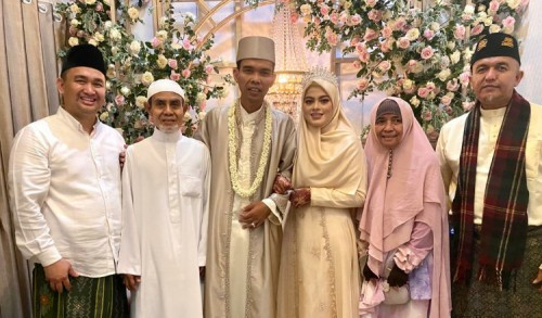 Sah! Ustadz Abdul Somad Resmi Menikahi Gadis Berusia 19 Tahun Asal Jombang