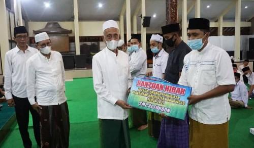 Peringatan Nuzulul Qur'an, Pemkab Bondowoso Serahkan Bantuan Hibah pada Lembaga Pendidikan Keagamaan