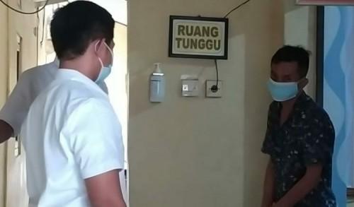 Curi Tas Pegawai Alfamart, Warga Surabaya Babak Belur Dihajar Warga Madiun