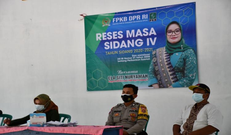 Anggota DPR RI Teh Ela Serap Aspirasi Masyarakat dan Salurkan Baksos Saat Reses