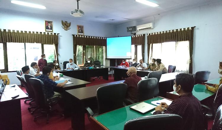Tim Eksekutif Banyak yang Absen dalam Pembahasan LKPJ Bupati Trenggalek