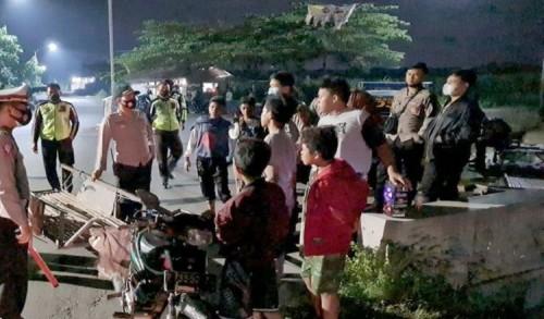 Antisipasi Perang Petasan, Polres Situbondo Terjunkan Tim Gabungan